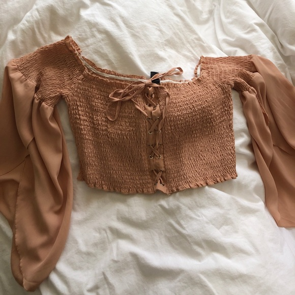Windsor Tops - Lace Up Bell Sleeve Top NWT